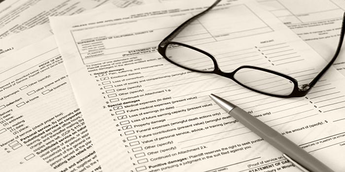 Comment bien choisir son avocat d'assurance?